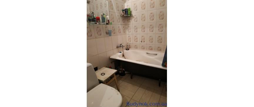 Срочно продам 2-х комнатную квартиру в Броварах. 10 мин. до метро Лесная