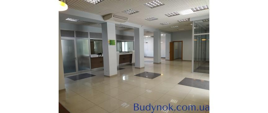 Большой офис (320 кв.м.) в самом центре Чернигова. Срочно! Без комиссии!