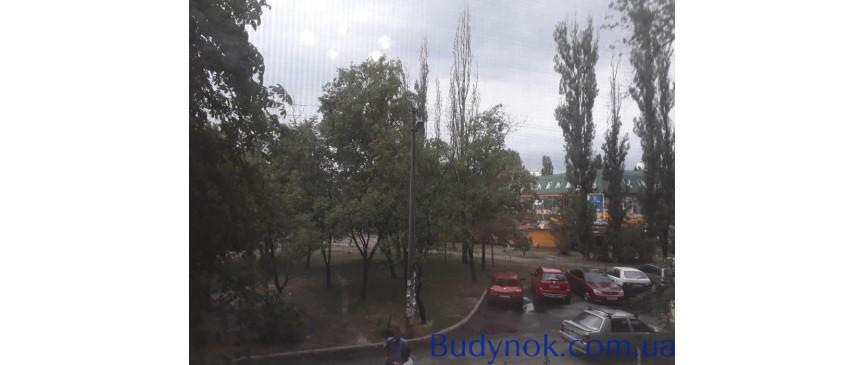 Продам 2-хкомн.кв.Киев. Милютенко7А