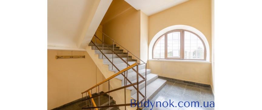 Уютный офис 23 м2 с мебелью и ремонтом в бизнес-центре по ул. Дегтяревская