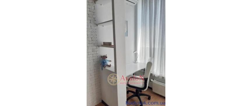 Продам 1-но комнатную квартиру на Бочарова ул.