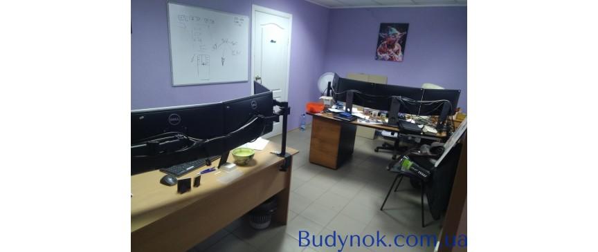 Продам цокольное нежилое помещение в административном здании, площадь 100 м. кв
