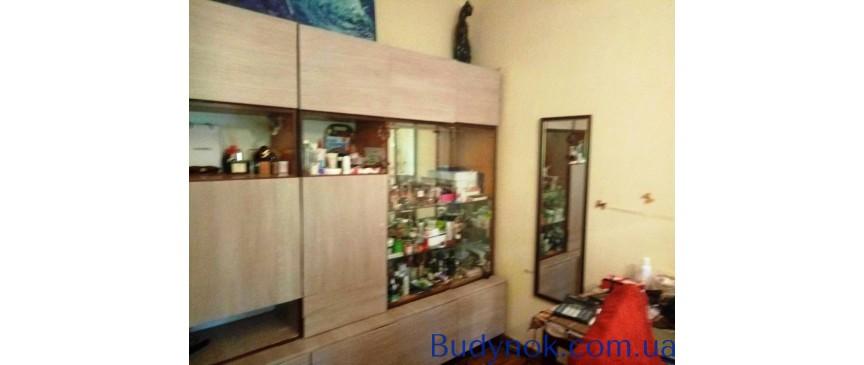 Предлагается к продаже двухкомнатная квартира на ул. Варненской район 100 школы